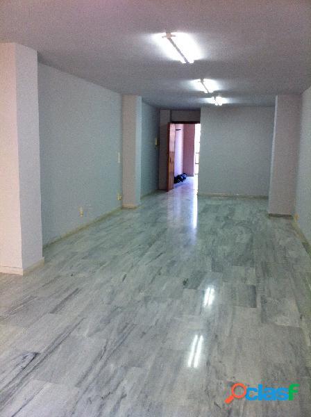 Oficina alquiler en castellón, zona centro, 50 m., un aseo