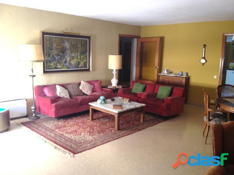 Piso venta en castellón zona centro, 200 m. de superficie, 5 habitaciones dobles, 2 baños