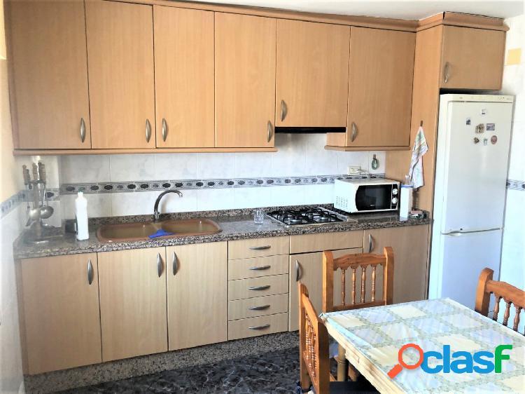 Casa en venta castellón zona almazora, 350 m., terraza, 3 habitaciones, un baño. oportunidad
