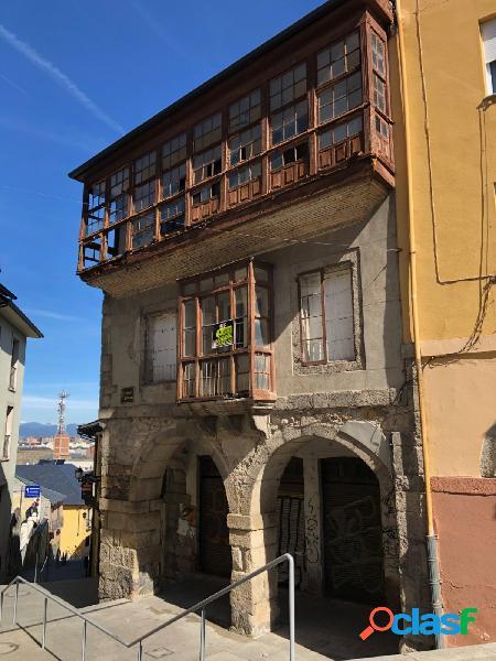 Oportunidad unica venta de casa historica en la plaza de la encina