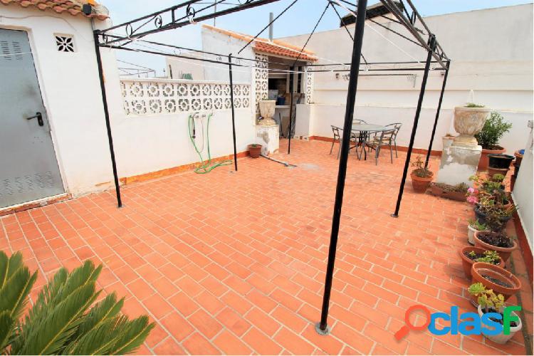 Magnifico atico duplex con 2 terrazas en el centro de torrevieja