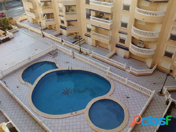 Santa pola apartamento 2 dormitorios con piscina comunitaria