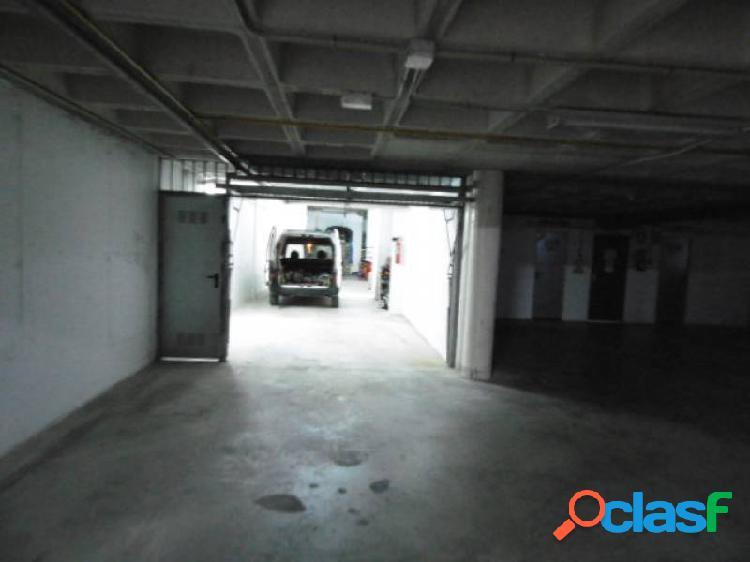 Enorme garaje subterráneo y cabinado en albir. www.euroloix.com