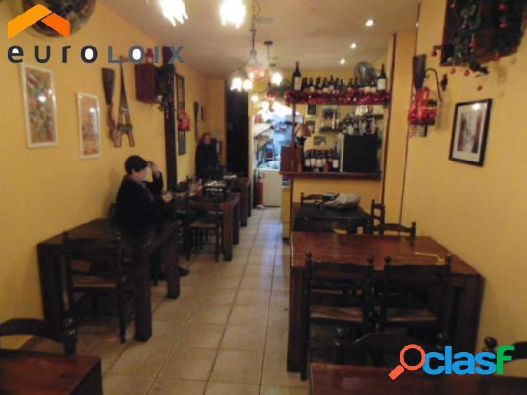 Bar-restaurante en funcionamiento desde hace 7 años en casco antiguo, benidorm. www.euroloix.com