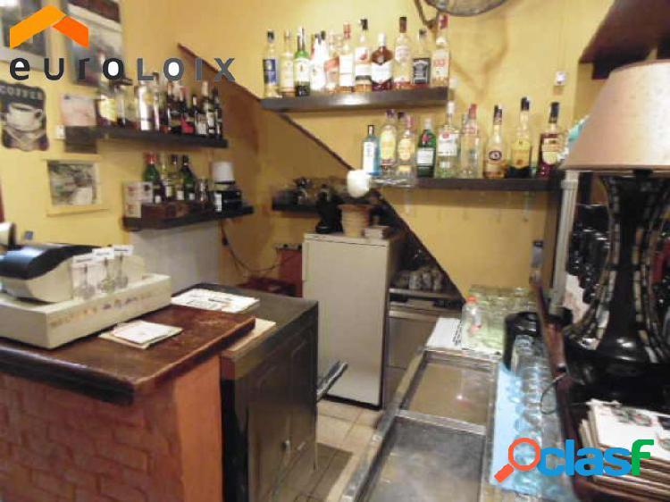 Bar-restaurante en funcionamiento desde hace 7 años en casco antiguo, Benidorm. www.euroloix.com 1