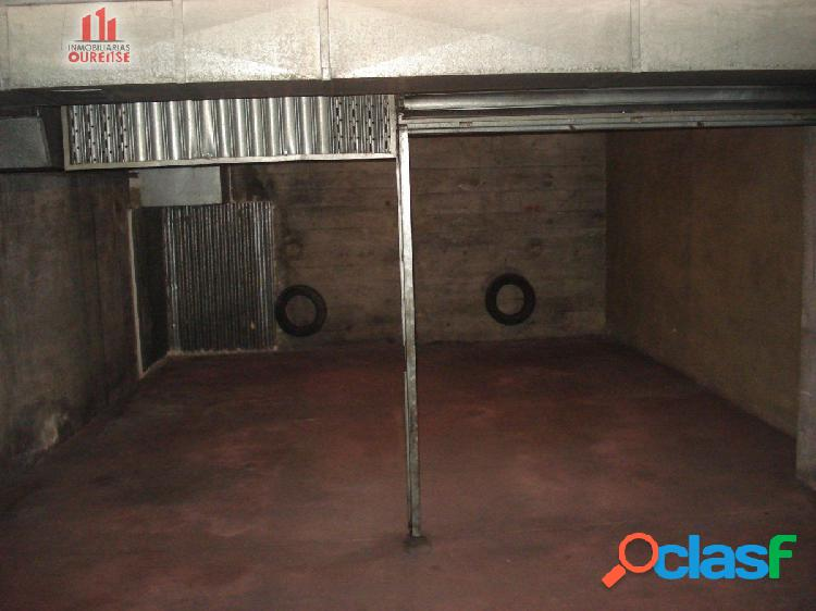 Plaza de garaje doble cerrada próxima al auditorio de ourense