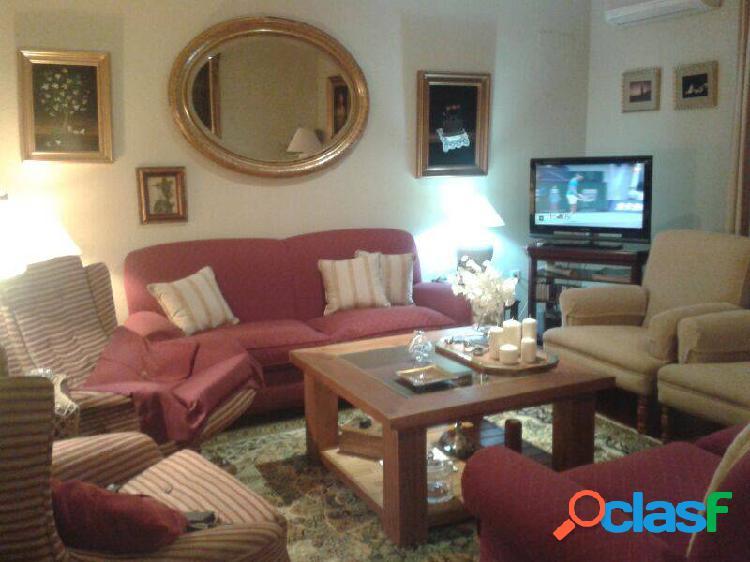 Espartinas venta casa pareada 3 dormitorios 2 salones 2 baños suelo de madera vestidor climatizada