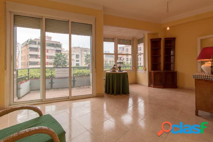 Ganga-apartamento de 3 dormitorios en orihuela zona plaza nueva con vistas despejadas