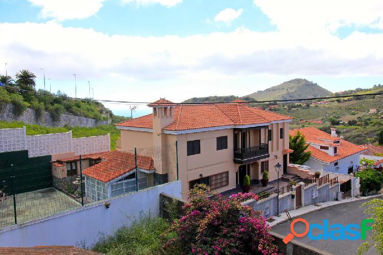 Chalet en el Monte Lentiscal, Santa Brígida