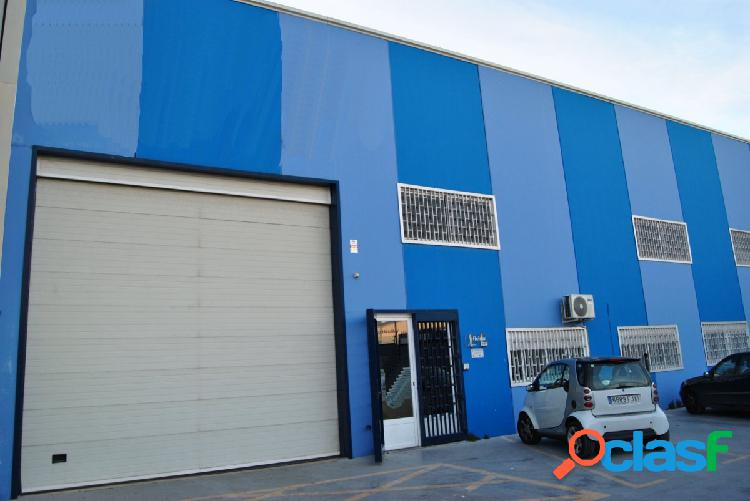 Nave industrial totalmente equipada en venta en churriana