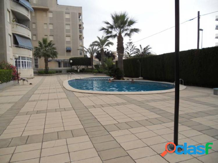 Se vende piso en nueva torrevieja con piscina comunitaria