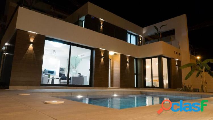 Villas privadas desde 238 m2 con piscina a 10 minutos de las playas de guardamar del segura