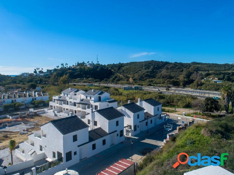 Ático Duplex con vistas al mar, a 5 min de Estepona Centro. 1