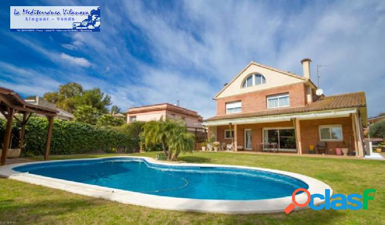 Chalet lujo con gran jardin y piscina privada
