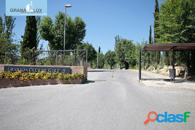 Magnífica parcela urbana de 863 m2 en la prestigiosa urbanización de pedro verde.ref15654