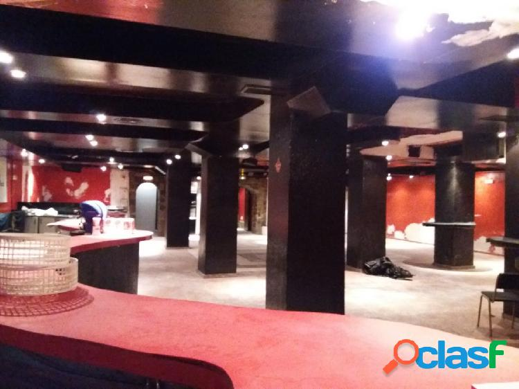 Se vende discoteca de 750 m2 con licencia de apertura en arenales del sol o para otro tipo negocio