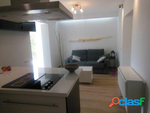 Apartamento totalmente reformado y decorado con diseño moderno!!!!!
