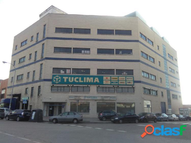 Edificio industrial con posibilidad cambio de uso.