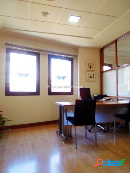 Preciosa oficina en pleno centro empresarial