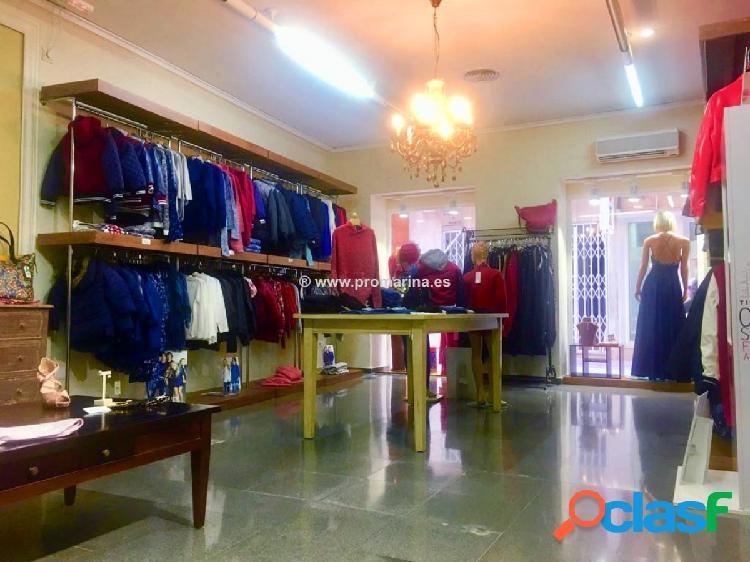 Local comercial destinado a tienda de ropa en Denia 1