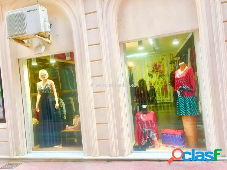 Local comercial destinado a tienda de ropa en Denia 2