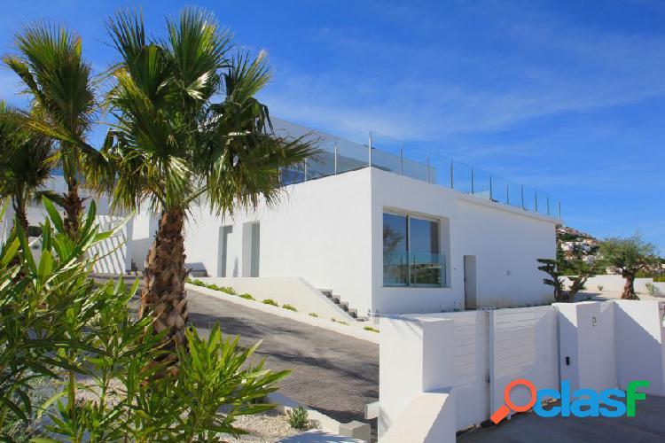 Villa moderna en Cumbre del sol entre Javea y Moraira