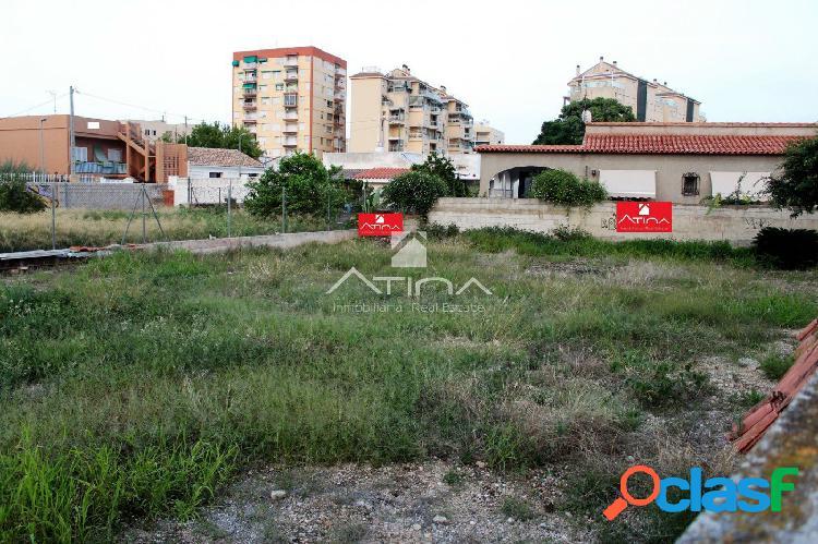 Parcela urbana de 500 m2 situada en zona residencial de gandia entre ciudad y playa,