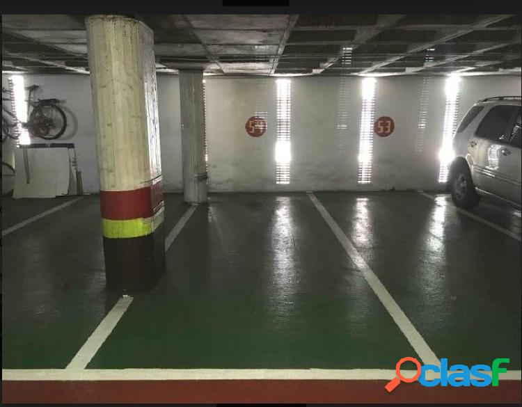 Plaza de garaje centrica para coche y moto