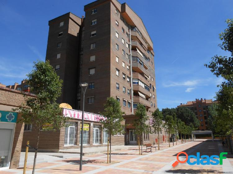 Tegeisa vende local comercial de 650 m2 en tres cantos, madrid.