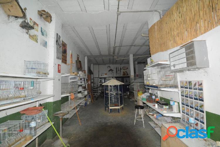 Local comercial en orihuela zona los huertos, 90 m2.
