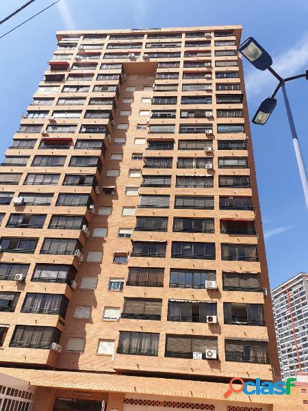 Cala de benidorm. se vende apartamento de 2 dormitorios. recien reformado milpisos.es