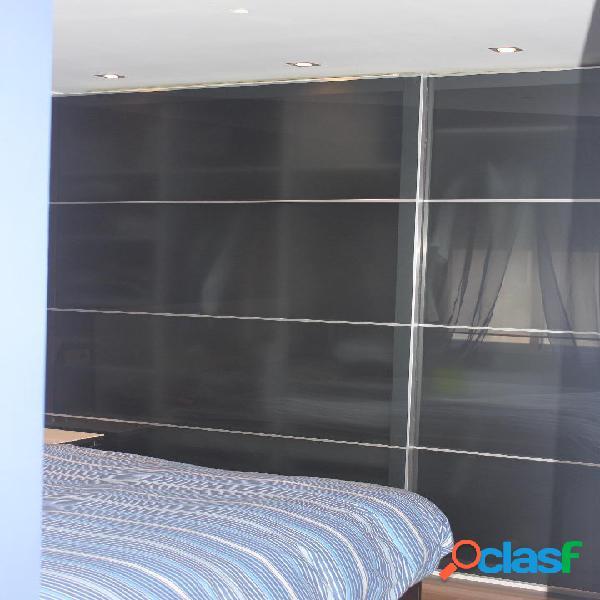 Piso apartamento decorado de diseño de 70 m2 con 2 dormitorios y ascensor en zona centro - dionisio guardiola por 127.000 €
