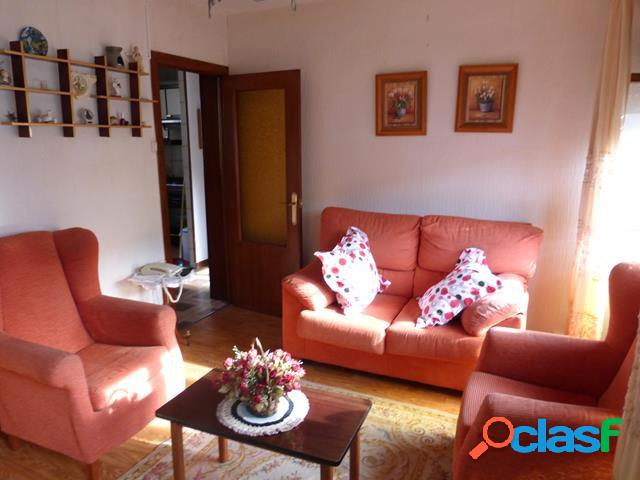 Piso de 2 habitaciones en el centro de laredo (cantabria)