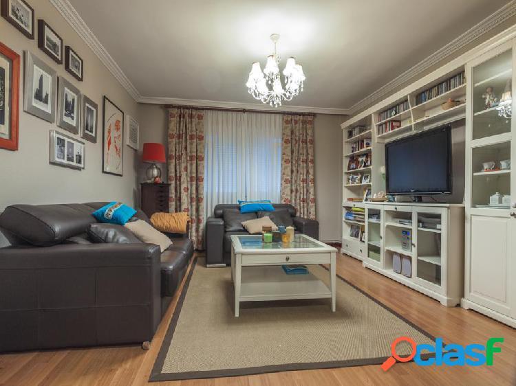 Precioso piso en el centro de laredo.