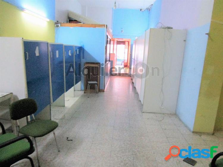 Local comercial, 70m2, céntrico