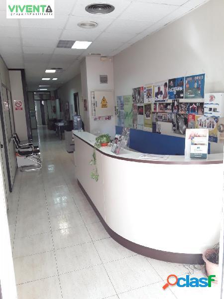 Local comercial 100 m2 habilitado como oficinas