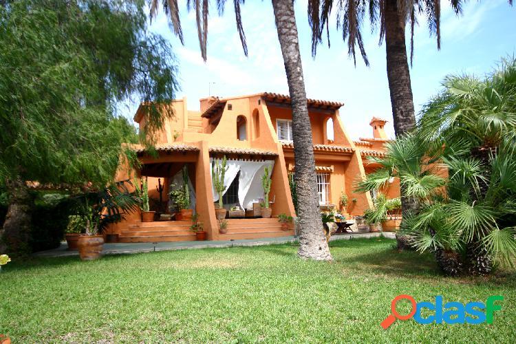 Villa en venta en Moraira, Cam
