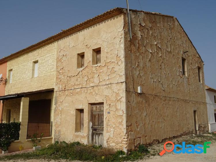 Inmobiliaria san jose vende casa de campo adosada en la romana zona alcana