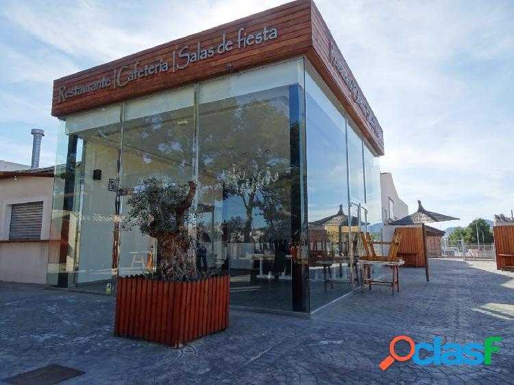 Se vende espectacular recinto totalmente equipado y preparado para la restauración en aspe