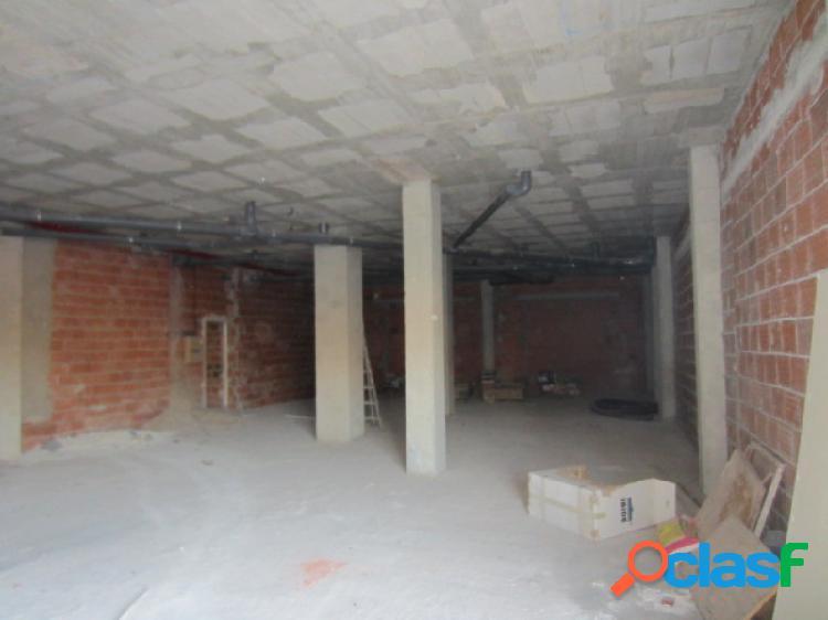 Local comercial de 150 m2 en la hoya