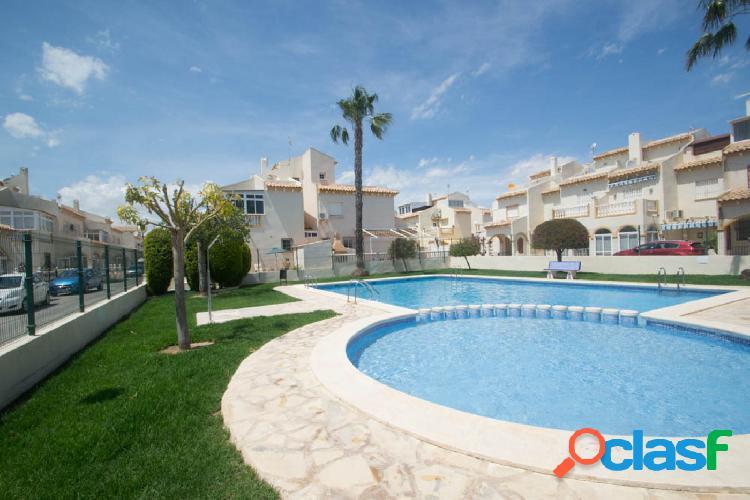 Dúplex con piscina situado en playa flamenca (orihuela costa) en calle cinta. orientación sur. 3