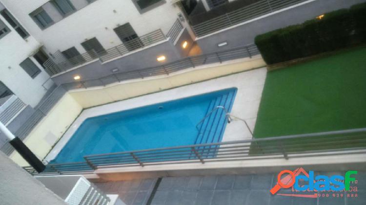 Magnifico piso zona valdeolleros con trastero, parking y piscina comunitaria!!!
