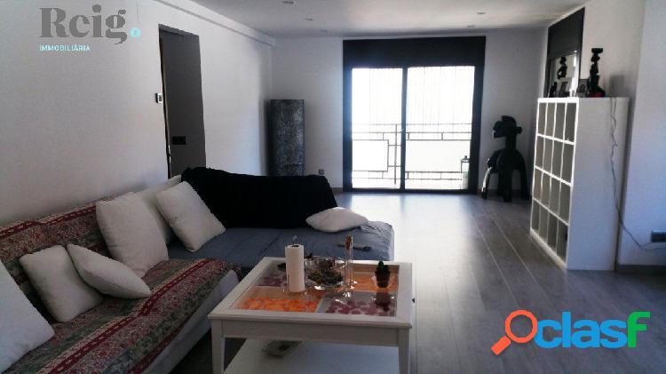 Fantástico piso reformado en pleno vivand