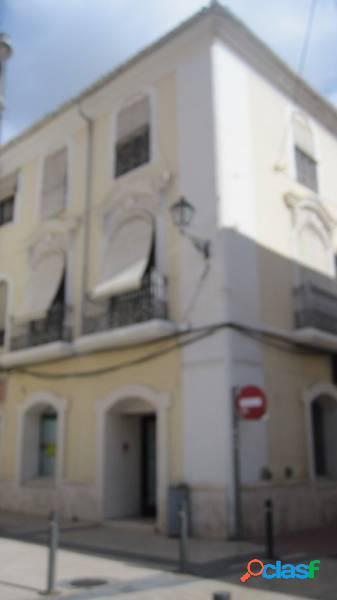 Edificio centrico
