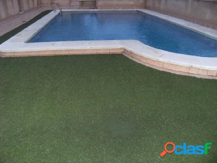 Piso con piscina