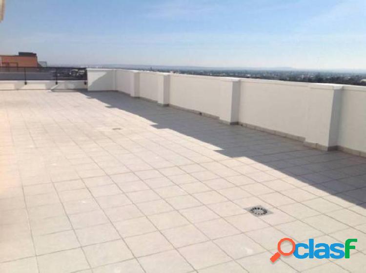 Atico con 104 metros de terraza en planta,plazas de garaje, trastero
