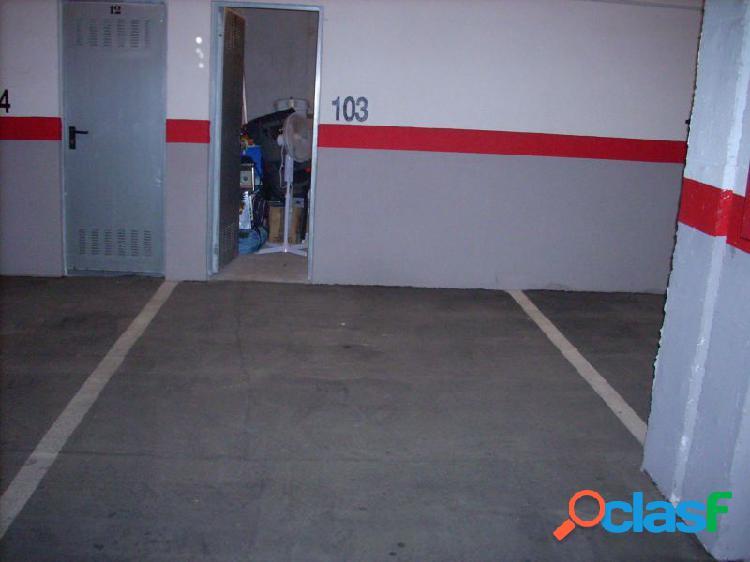 Se vende plaza de garaje, facil acceso, frente hospital de alicante, precio algo negociable