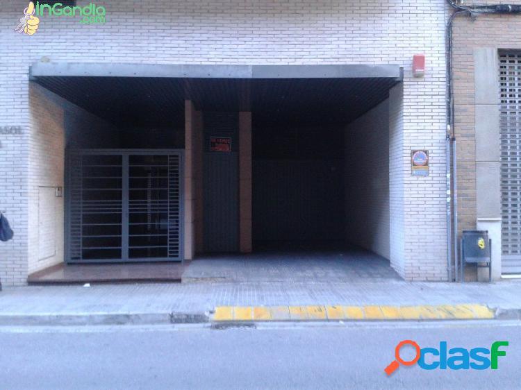 Garaje en el centro c/ alzira,