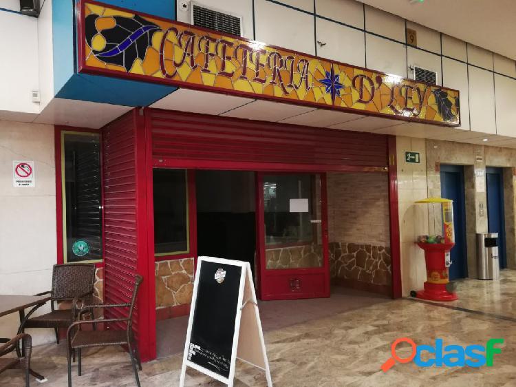 Local en centro comercial ecomostoles, zona calle libertad, 28931 móstoles, madrid.