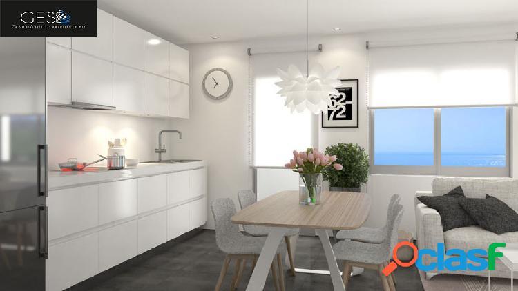 Piso de 3 dormitorio con calidades de lujo muy cerca del mar.